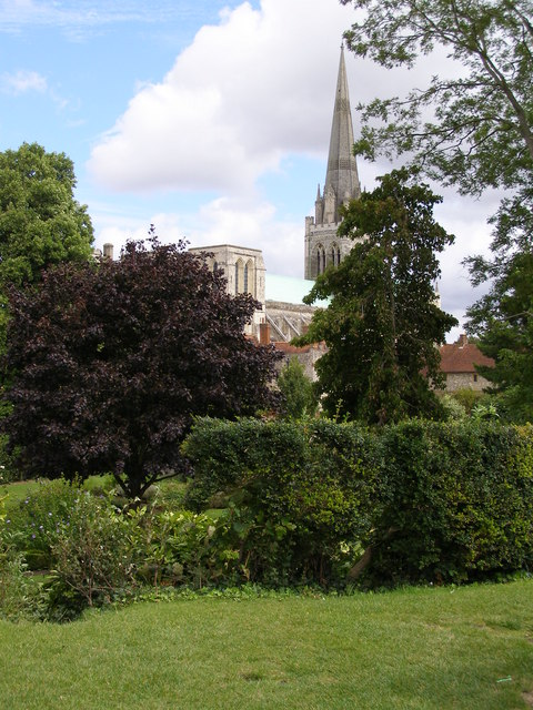 Bishop's Palace Gardens and Chichester Cathedral
