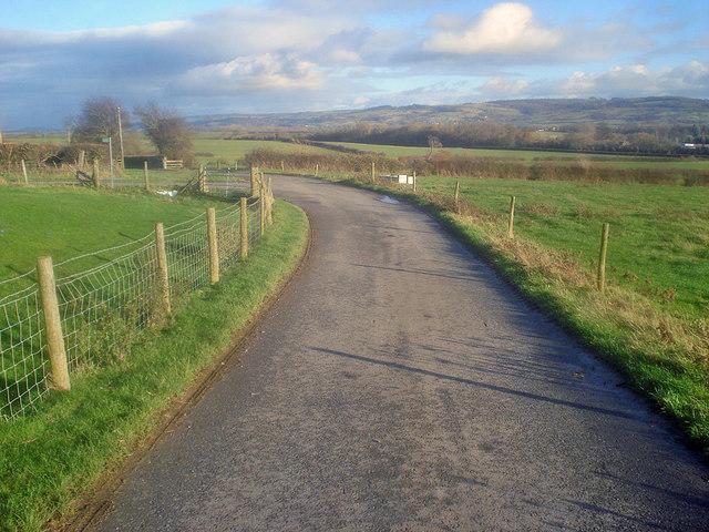 Lane junction at Naunton Farm
