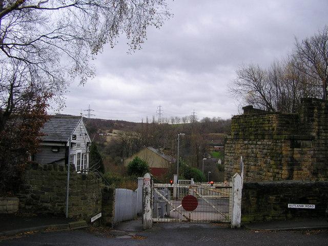 Lady Ann Level Crossing, Batley