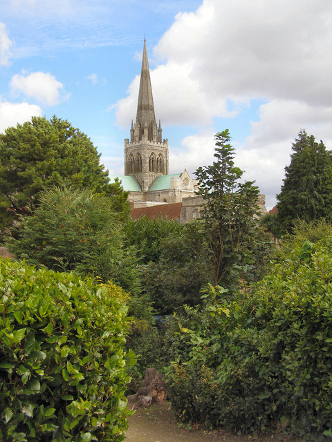 Bishop's Palace Garden and Chichester Cathedral