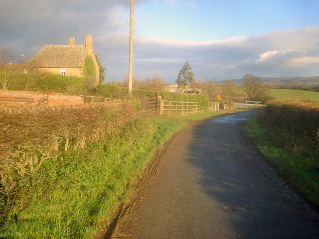 Large house near Naunton Farm
