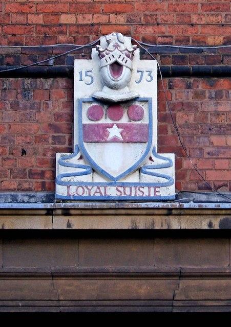 Queen Elizabeth School & Sports College Coat of Arms