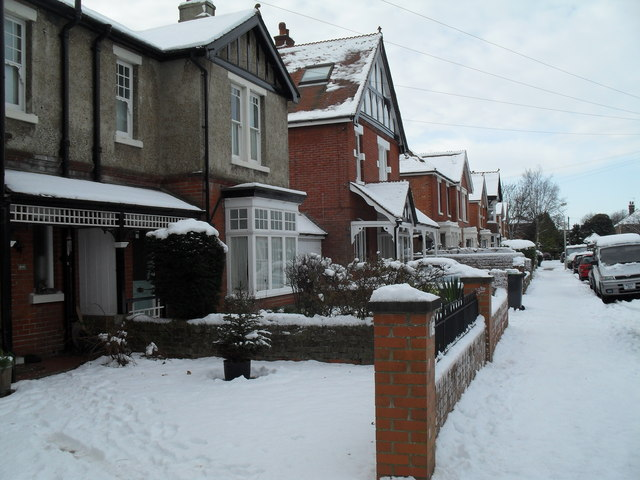 A snowy pavement in Grove Road