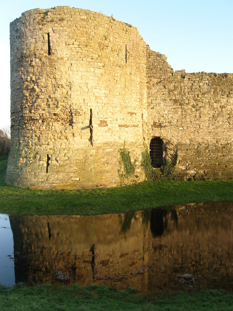 Bastion, Inner Keep, Pevensey Castle