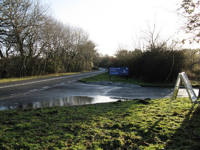Entrance road to Pulborough Brooks