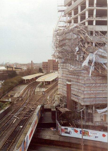 Scaffolding collapse, Cardiff