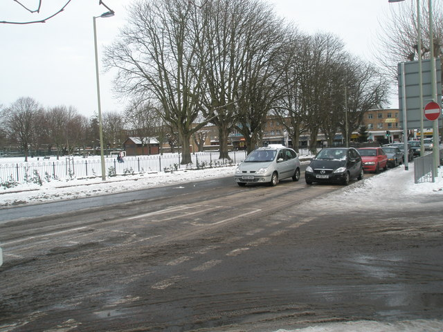 Looking from the bus station across Elm Lane into a snowy Havant Park