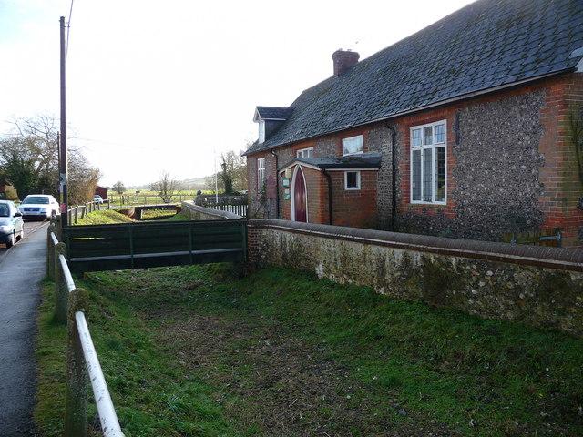 Hurstbourne Tarrant - Primary School