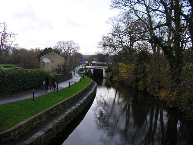 Leeds & Liverpool Canal at Dowley Gap