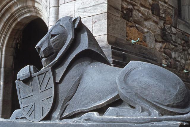 Edinburgh Castle lion