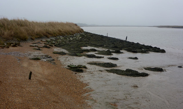 Sea wall by the River Ore