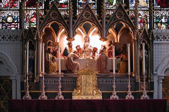 St Saviour, St George's Square, London SW1 - Reredos