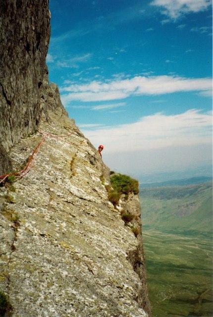 'The Gangway' on Mur Y Niwl of Craig yr... © Richard Law ...