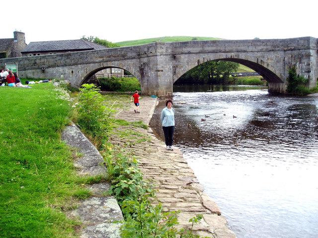 River Wharfe:  Burnsall Bridge
