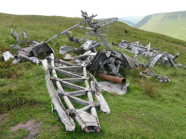 Wreckage from Wellington R1465