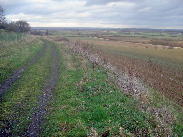 Track on Dyers Hill
