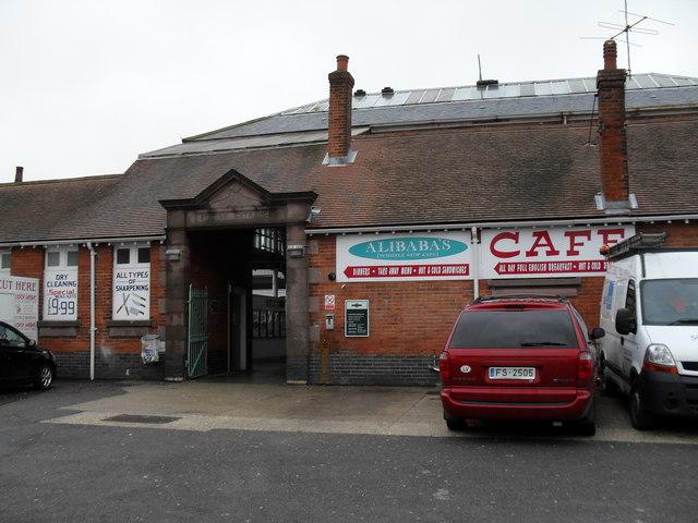 Side entrance to Bognor Station