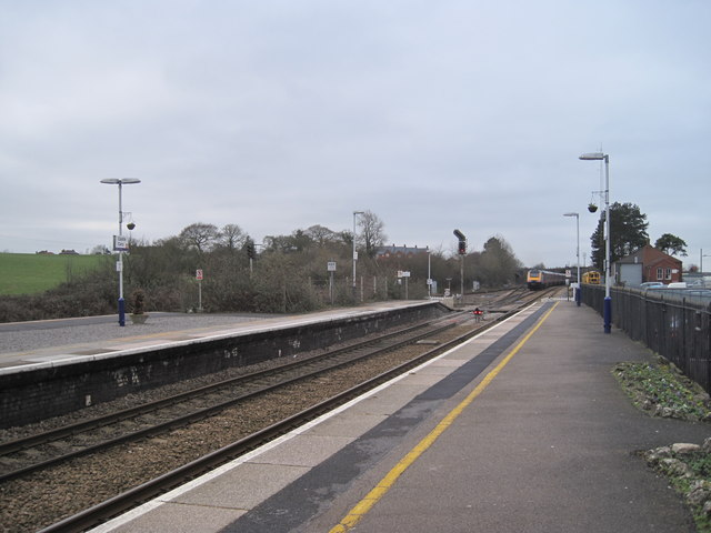 Castle Cary Station
