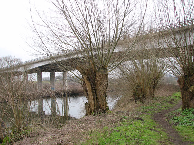 Postwick viaduct over River Yare