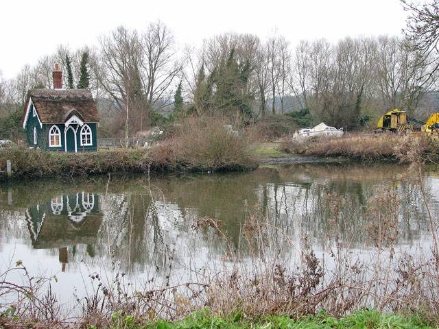Thorpe Cottage reflected in the River Yare