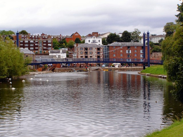 River Exe, Cricklepit Bridge