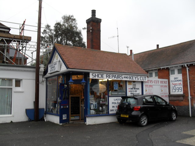 Small shop on the station forecourt at Bognor