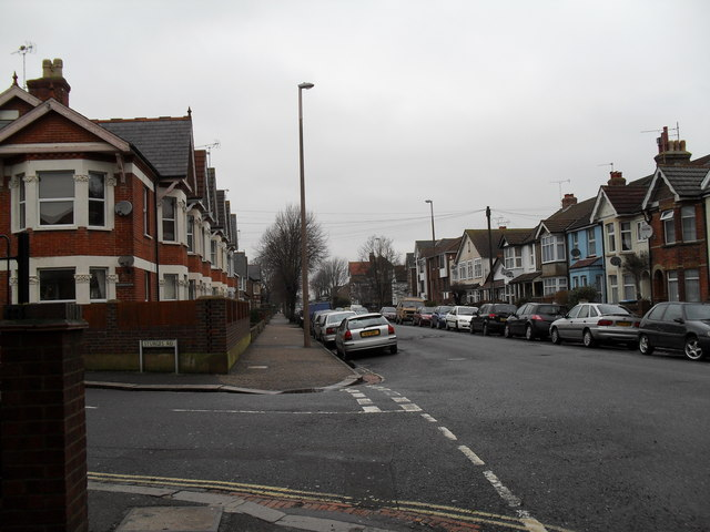 Junction of Sturges Road and Linden Road