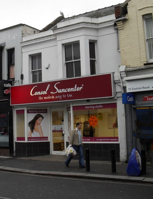 Tanning centre in Station Road