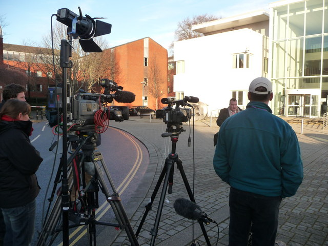 Exeter : TV Crews outside Exeter Crown Court
