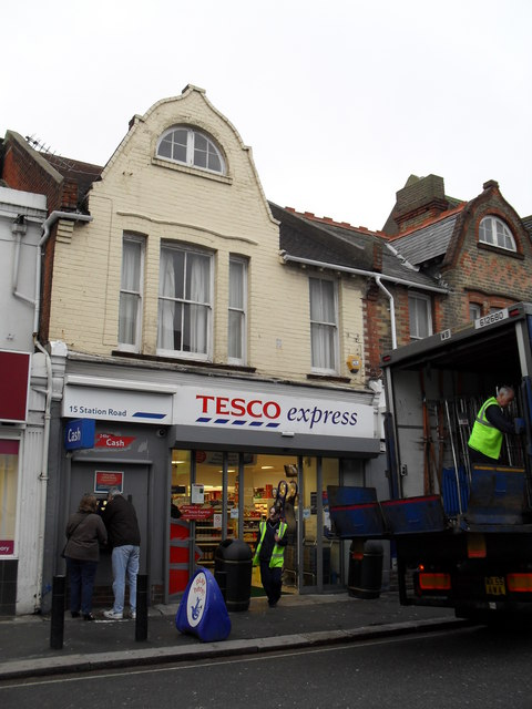 Tesco express in Station Road