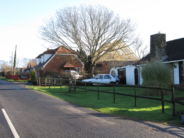 Houses along Frith Road, Aldington Frith