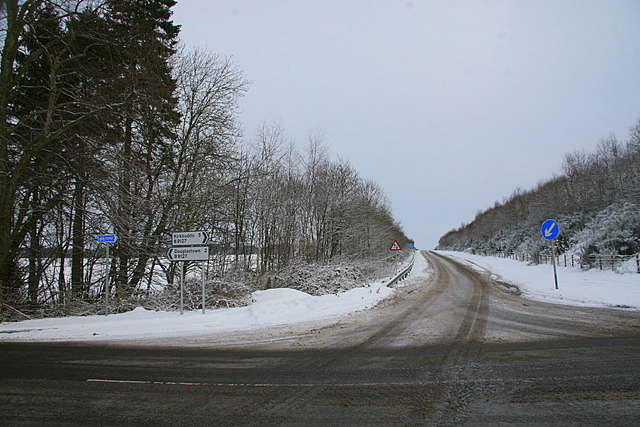 Slippery slip road onto the A 90