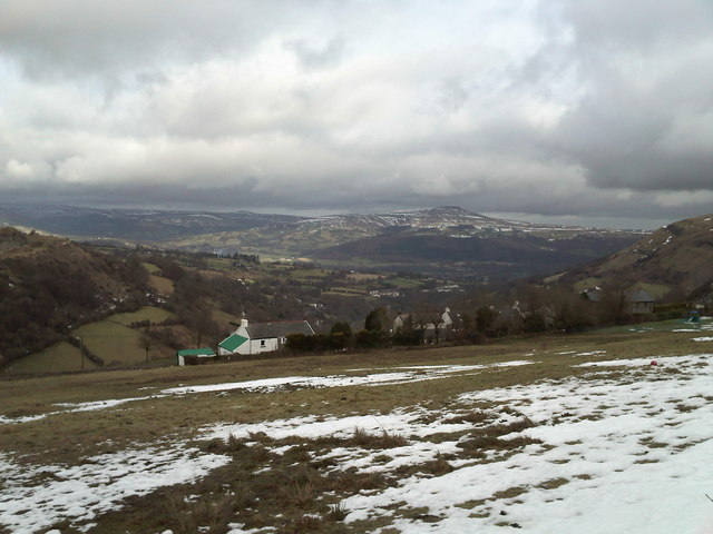 Looking towards Sugar Loaf from Llanelly Hill