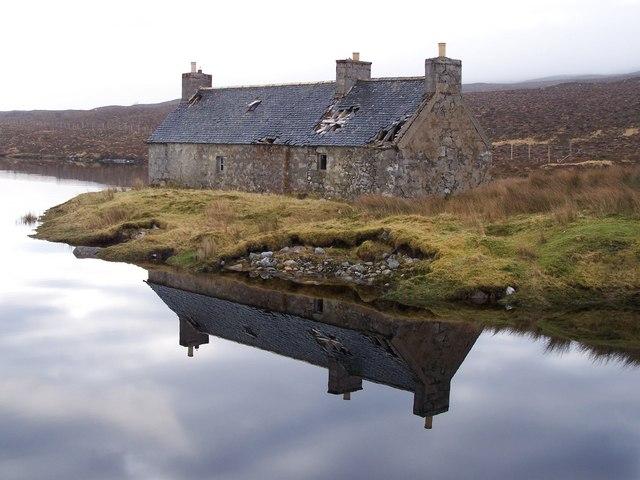 Derelict shepherd's cottage at Creanich.