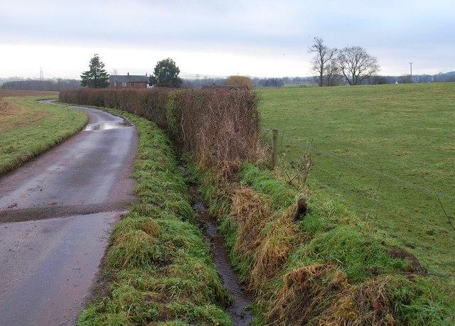 Lane to Bickley Cottages