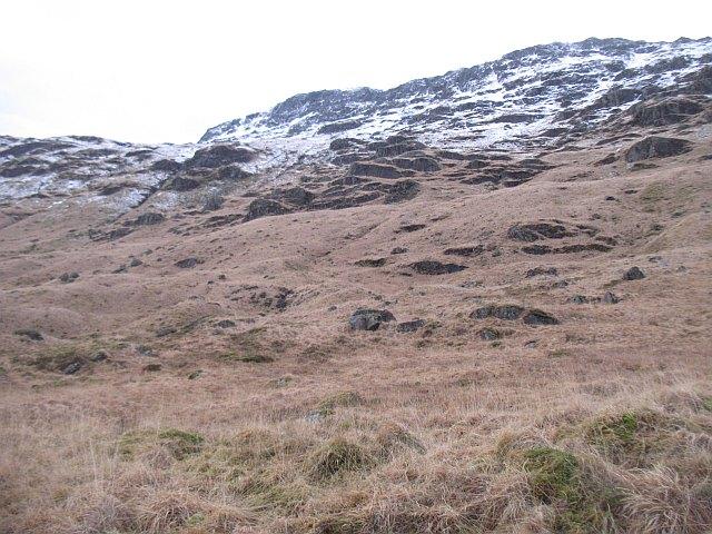 Craggy flanks of the Binnein Fhìdhleir ridge