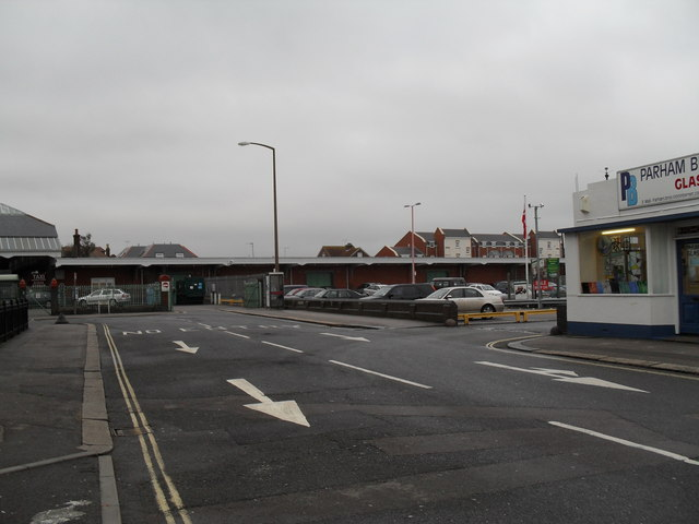 Looking along Lyon Street West towards Bognor Regis Station