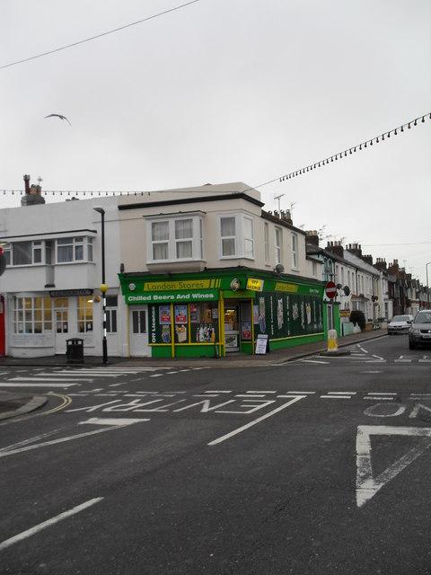Crossroads of London Road and Lyon Street (2)