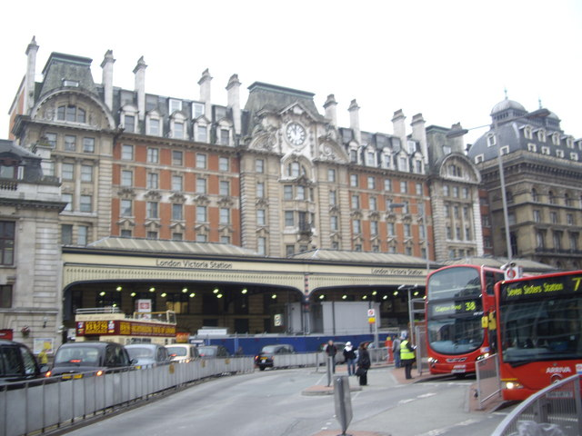 London Victoria Station entrance