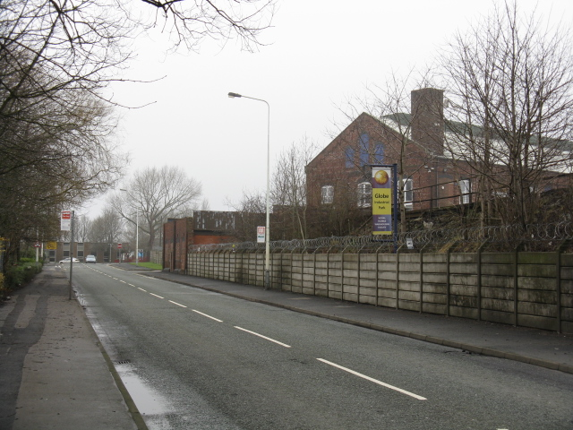 Dukinfield - Globe Lane