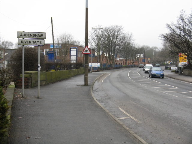 Borough Boundary, Ashton Street