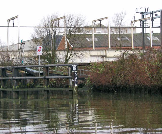 Water-level gauge by Trowse swing bridge