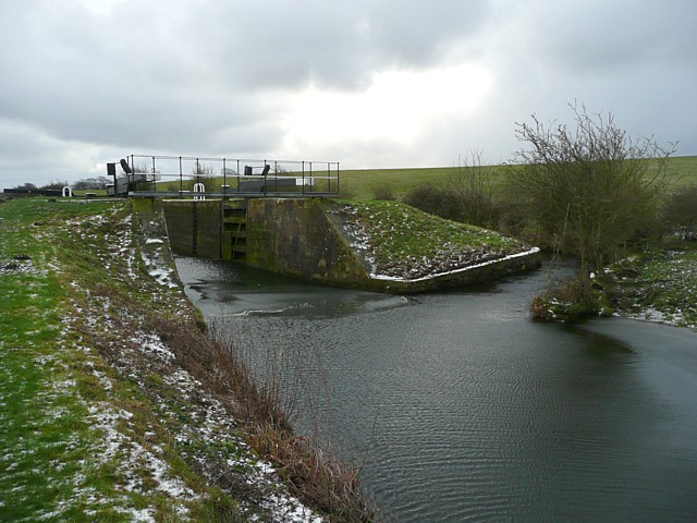 Canal lock and bypass channel, Thurnham