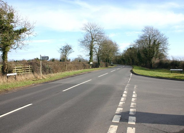 Junction of Chesterton Road and Windmill Hill Lane