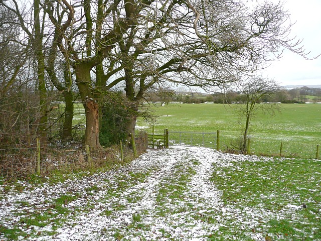 Footpath near the church, Thurnham