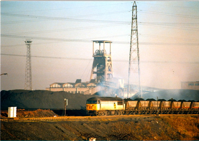 Class 56 departing from Hawthorn Colliery