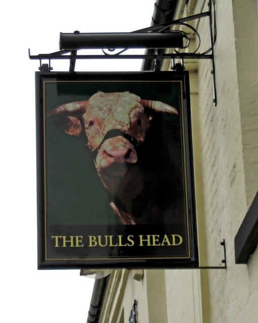 The Bulls Head sign, 10 Bridge Road