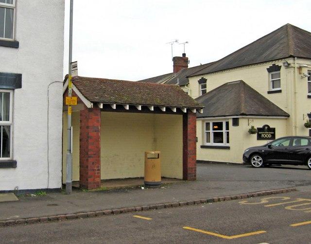 Bus shelter, Bridge Road
