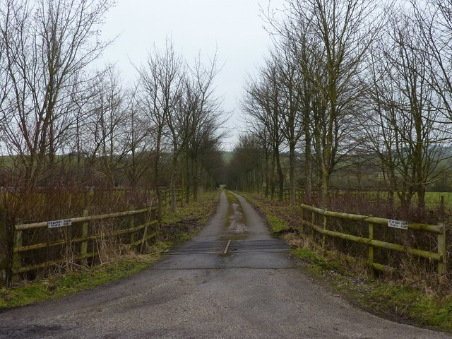 Peakway Farm; private drive