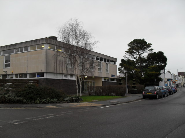 Bognor Library in London Road